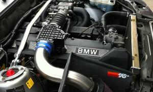 Garážoví kutilové, Historie: Výkony za babku: BMW M30