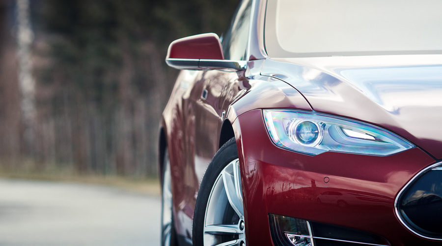 : Tesla Model S: Jak se jezdí na elektrony?