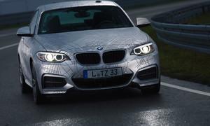 Autíčkářovy historky: Záblesk budoucnosti: Hacker poslal driftující BMW do zdi