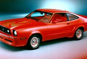 TOP10: Cool auta a uncool nástupci