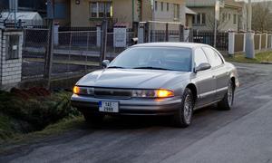 Autíčkářova garáž, Bazarový snílek, Recenze & testy: Chrysler LHS: Sedan chudého motoristy se představuje!