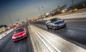Napsali jinde, Video: Tesla vs. Hellcat: Nejdrsnější americký sedan všech dob?
