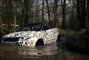 Range Rover Evoque Convertible se brodí. Vyrobili u RR nesmysl, nebo perfektní univerzál?