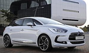 Autíčkářův týden: Autíčkářův týden: Je libo BMW Z5 nebo pojízdný šmajchl-kabinet?