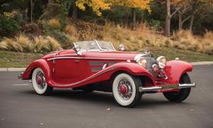 Historie, Novinky, Video: Úchvatný předválečný Mercedes je nejdražším autem arizonských aukcí