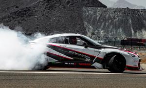 Video: Nissan překonal rekord v rychlosti driftování