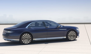 Novinky: Lincoln Continental Concept: Návrat legendy?