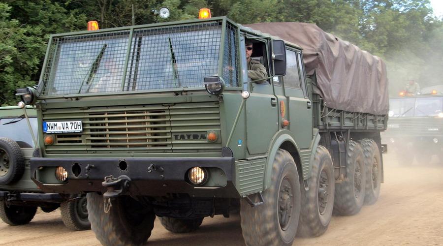 Mýty a legendy: Tatra 813: Domácí kolos