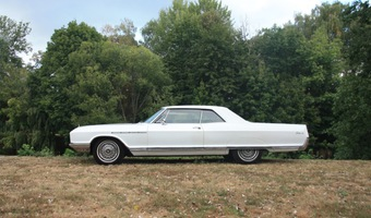 Buick Electra 225- 2 door hard top 1966