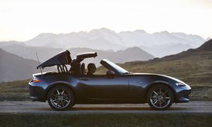 Recenze & testy: Mazda MX-5 RF: Úplně nový druh Miaty