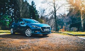 Recenze & testy: Mazda 3 G120 sedan: Kamarád do deště