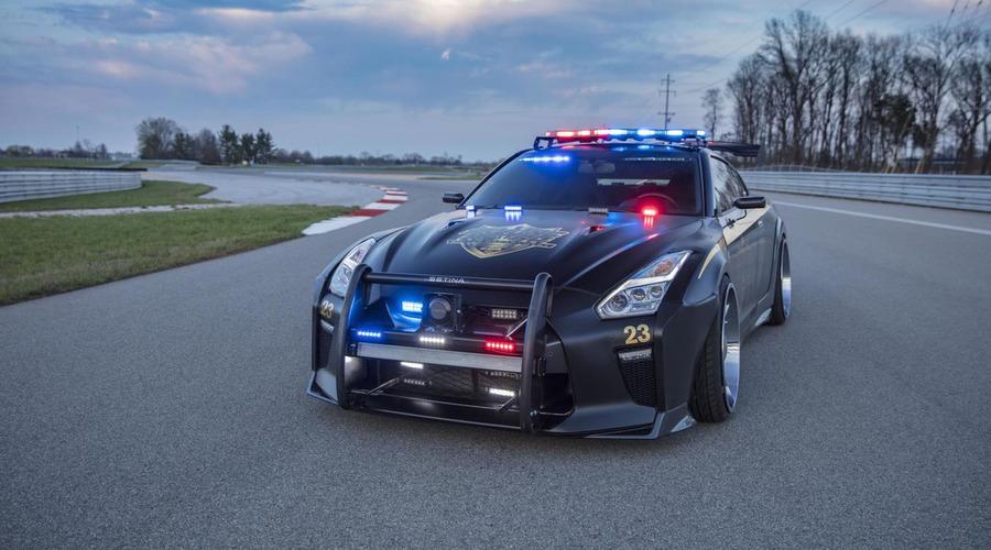 Novinky: Nissan přiveze do New Yorku policejní GT-R z fiktivního města