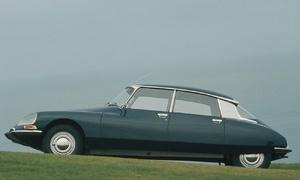 Historie: Citroën DS: Může být krásné funkční?