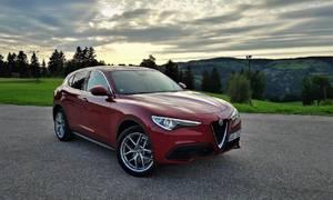 Recenze & testy: Alfa Romeo Stelvio 2.0 Turbo Q4: Automobil pro nadšeného fotra
