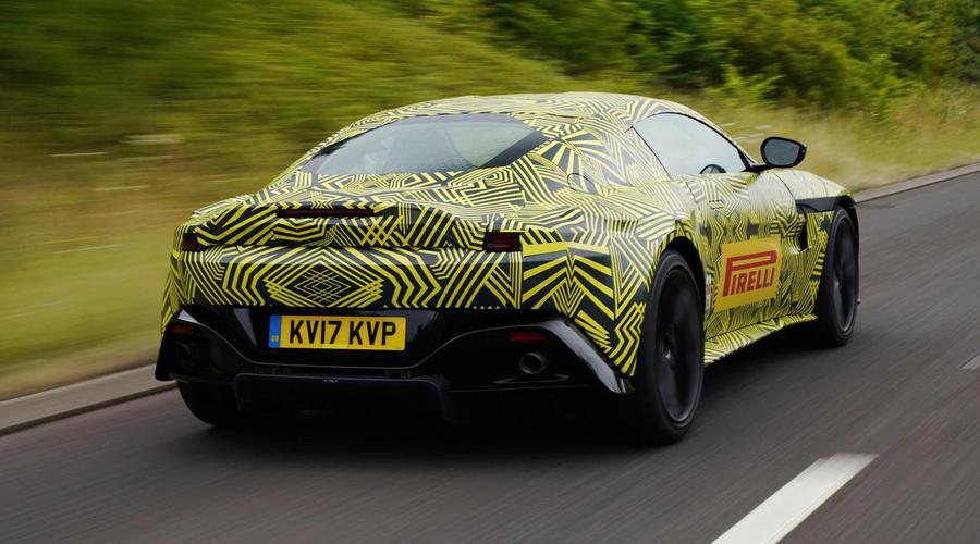 Novinky: První snímky Aston Martin Vantage konečně venku