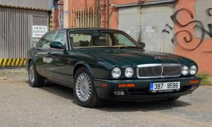 Recenze & testy: Jaguar XJ12 (X305): Jaké to je, býti chvíli aristokratem
