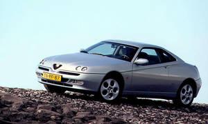 Autíčkář se ptá, Autíčkářovy názory, Autíčkářův hejt: Je Alfa GTV 916 krám? I když má Busso...