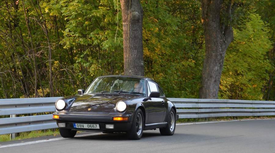 Historie, Recenze & testy: Porsche 911 3.0 SC: Když řízení je umění