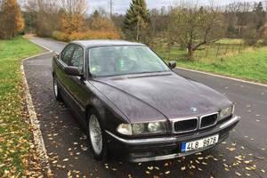 BMW Řada 7 740i 1995