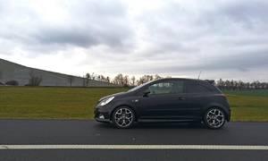 Autíčkářova garáž, Bazarový snílek, Recenze & testy: Opel Corsa OPC: Jak si vede ve městě a na okresce?