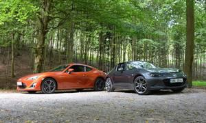 Autíčkářova garáž, Recenze & testy: Mazda MX-5 RF 2.0 G-160 versus Toyota GT86: Dvě gejši a umění juda
