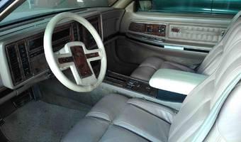 Buick Riviera  1989