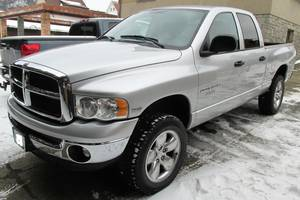 Dodge Ram 1500SLT5.7 4x4 LONESTAREDITION 2004