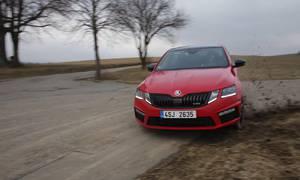Recenze & testy: Škoda Octavia RS 245: Rozpolcený všeuměl