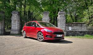 Recenze & testy: Ford S-Max ST Line 2.0 TDCi: Rodinný business