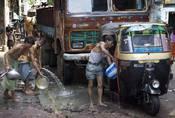 O mytí aut a ježdění starými křápy