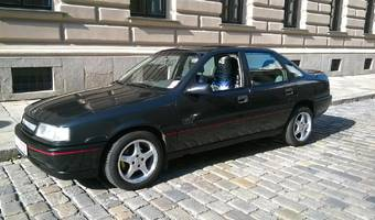 Opel Vectra 2.0 i  GT  85kW 1989