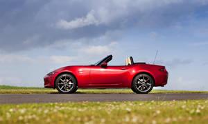 Novinky: Mazda MX-5 dostane facelift, který přinese vyšší výkon