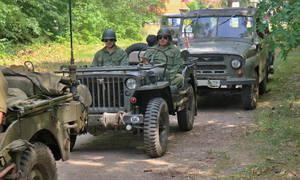 Pouliční směska: Autíčkář na srazu vojenské techniky na Ranči u Kamenného stolu