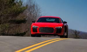 Novinky: Přijde Audi R8 o čtyři válce?