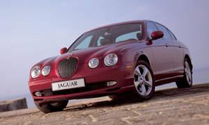 Bazarový snílek: Hrdinové za babku: Jaguar S-Type 3.0 V6