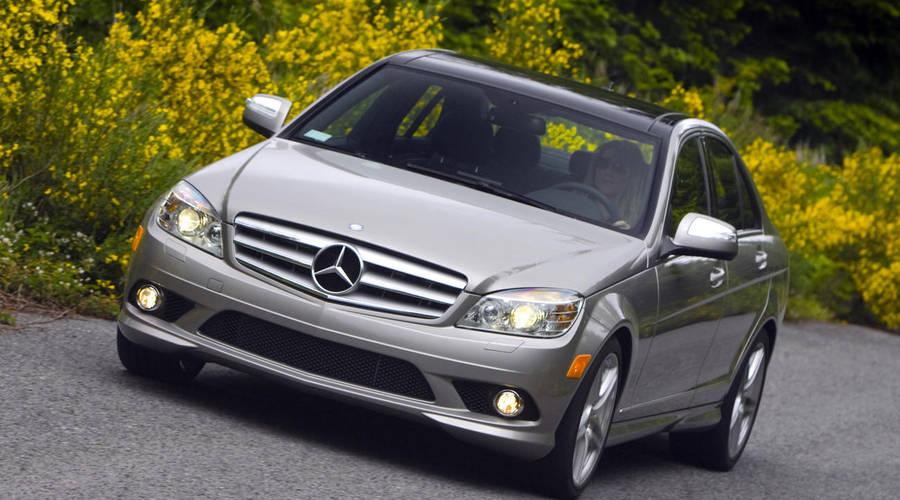 Ptejte se: Ptejte se: Prémiový sedan za 250 tisíc