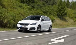 Recenze & testy: Peugeot 308 SW GT 2.0 BlueHDI: Komfortní kombík s tlačítkem navíc