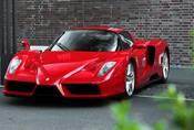 Enzo Ferrari: Poslední hypersport pro petrolheady?