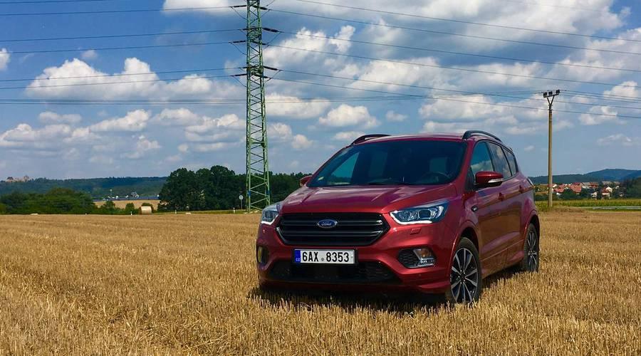 Recenze & testy: Ford Kuga 1.5 Ecoboost ST-Line: Rodinný rychlík