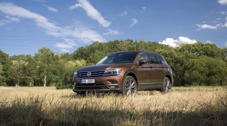 Recenze & testy: Volkswagen Tiguan Allspace 2.0 BiTDI: Jednoho Kodiaka s oblohou, prosím