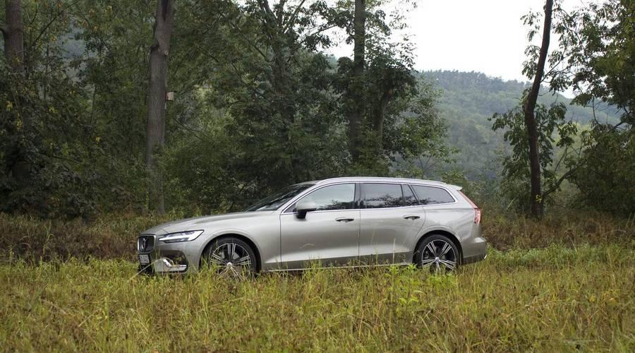 Recenze & testy: Volvo V60 T6: Návrat všeho, co dělá Volvo Volvem