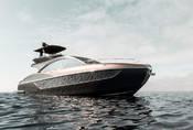 Lexus představil novou vlajkovou loď. Doslova.