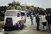 Poslední letošní Kafe&Káry již tuto neděli na Džbáně