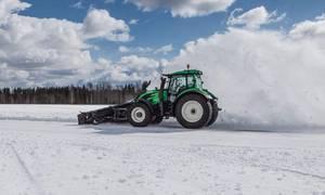 Novinky: Finové stanovili rychlostní rekord v autonomním pluhování