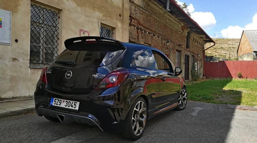 Autíčkářova garáž, Bazarový snílek: Opel Corsa OPC: Doježděno, podtrženo, sečteno