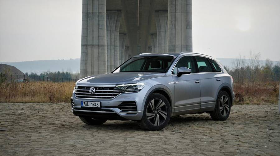 Recenze & testy: Volkswagen Touareg 3.0 TDI: Pojízdná pevnost