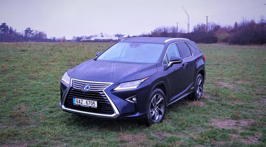 Recenze & testy: Lexus RX 450h L: Hlavně v klidu
