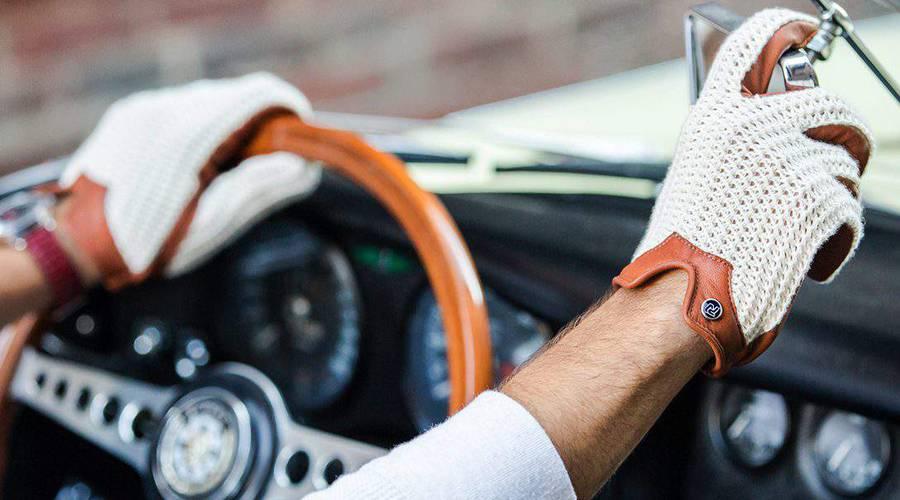 Autíčkář se ptá: Řidičské rukavice - ano či ne?