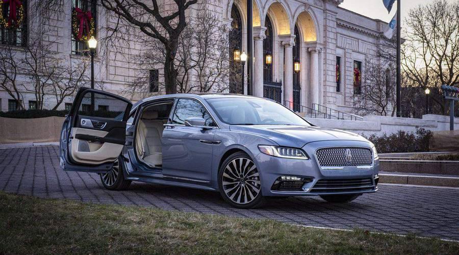 Novinky: Lincoln oslavil výročí značky limitovanou edicí Continentalu