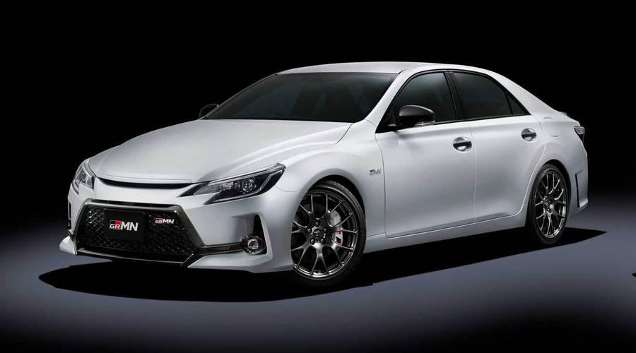 Novinky: Toyota představuje další model GRMN. Zadohnaný sedan se šestiválcem a manuálem.